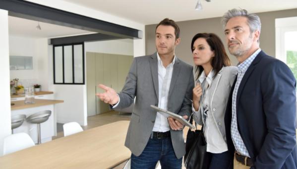 Les avantages de travailler avec une agence immobilière