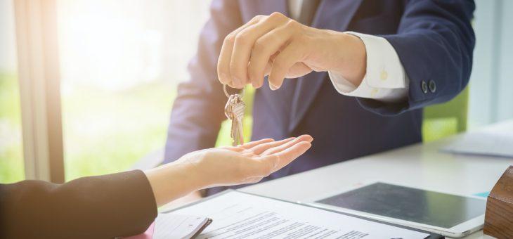 Immobilier : les avantages de recourir au service d'une agence immobilière